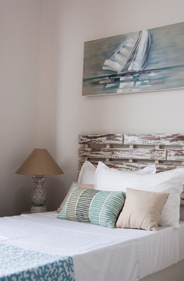 Expressionsmetis Headboard Bed Wood Beach White Bedroom