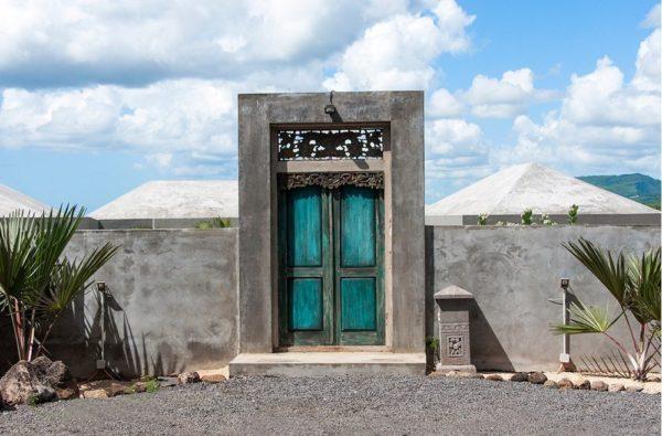 Expressionsmetis Sourcing Balinese Door Furniture Decoration
