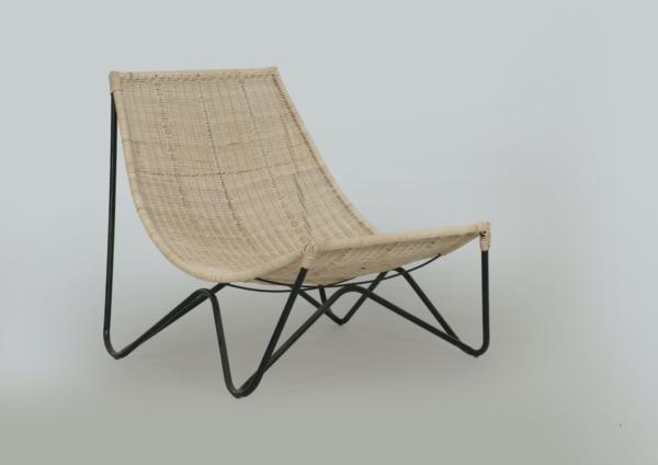 Expressionsmetis Home Decor Furniture Natural Rattan Woven Lounge Chair Metal Legs Black