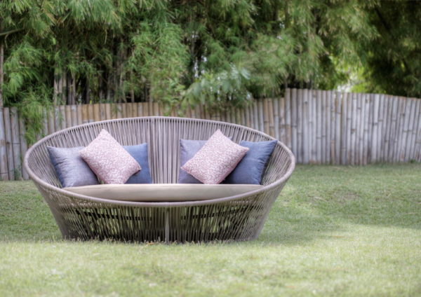 Expressionsmetis Outdoor Syra Flat Rattan Dune Round Day Bed Sun Lounger